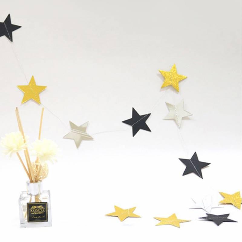 Classy Star Shape Paper Garland